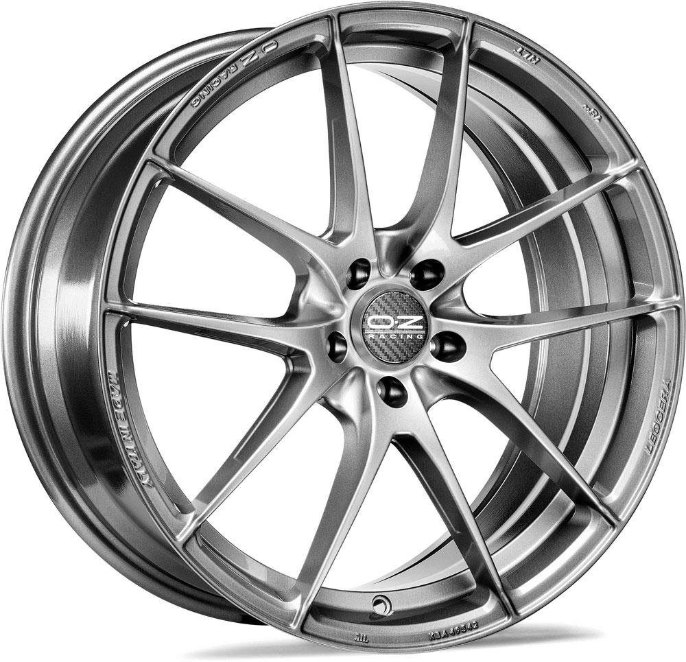 Литой OZ Racing Leggera HLT R18/8 PCD5*120 ET45 DIA79 Gloss Black